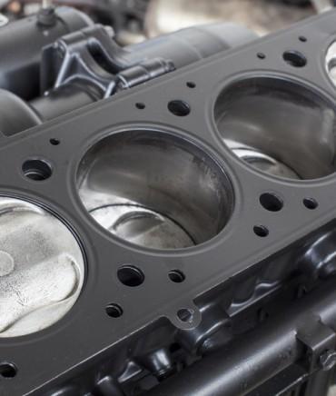 Przeglądy, naprawy, kapitalne remonty silników