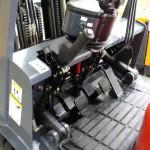Przestronny przedział na nogi operatora