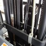 Przewody hydrauliczne dzielone (tańsza wymiana), w miejscach newralgicznych przwody stalowe