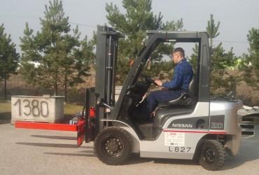 Wózek z hydrauliczną obrotnica 180 stopni