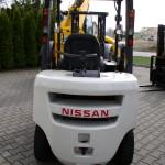 Nissan 2,5 t 2012