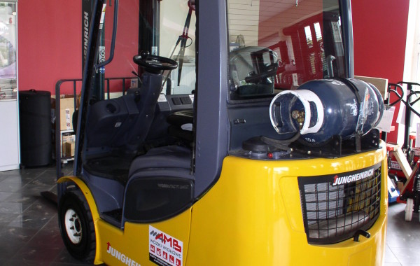 Wózek widłowy Jungheinricjh TFG 316S